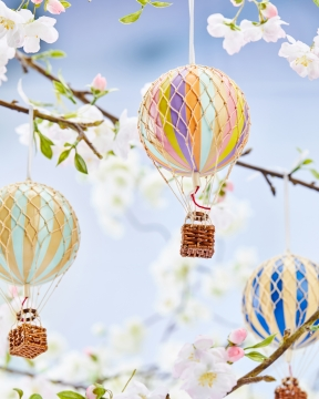 Floating The Skies luftballong regnbåge pastell 5