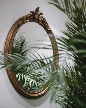 August spegel 1