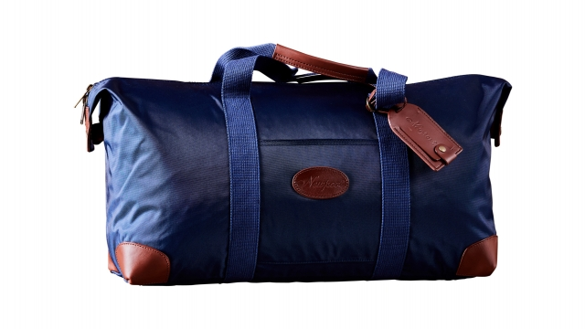 Pine-valley-weekend-bag-medium-blue 1