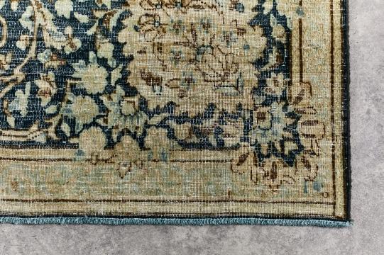 18-09-11 decolorized 288x387cm 266