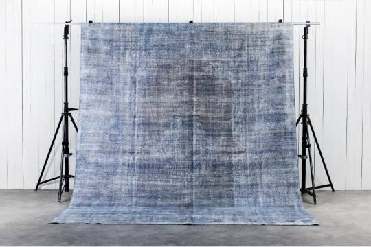 Decolorized Blue 294x378 cm 2