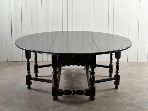 Balmoral matbord svart 250cm 6