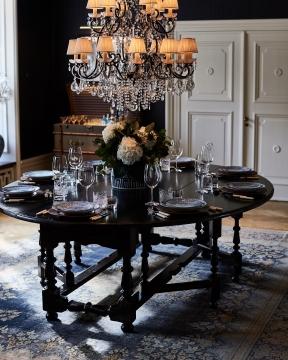 Balmoral matbord svart 250cm 1