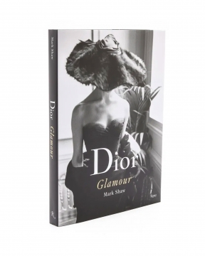 Dior Glamour: 1952-1962 1