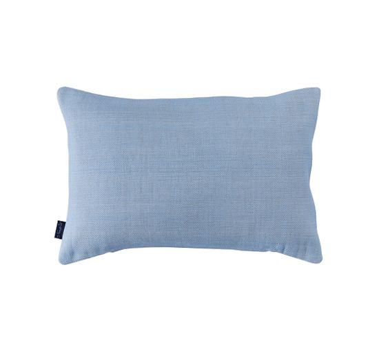 Listbild-brianna-kuddfodral-ljusblaY-40x60-