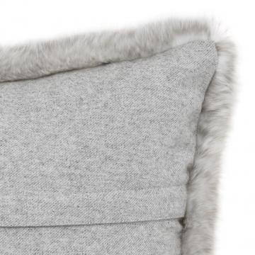 Alaska kuddfodral faux fur ljusgrå 40x60 3
