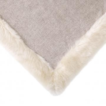 Alaska pläd faux fur snö 2