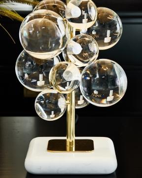 Globo bordslampa mässing 4