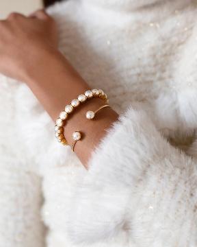 Gia Stretch armband pearl guld 3