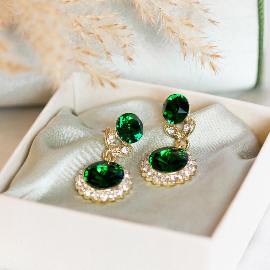 Utvald-jessie-emerald