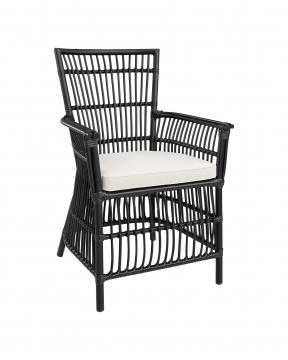Modest karmstol svart 1
