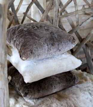 Whistler kudde mink 1