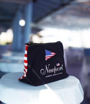 Newport west hampton necessär navy 4