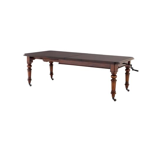 Eich-table-109435-1