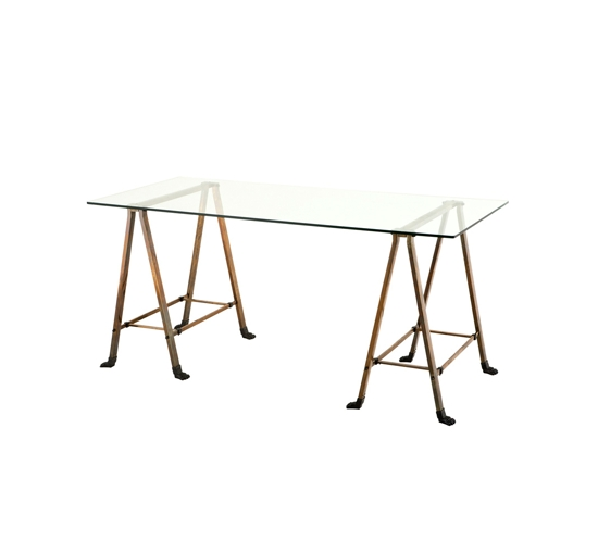 Eich-table-109144-1