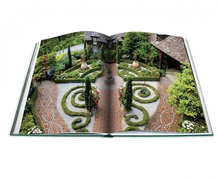 Hamptons Gardens 4