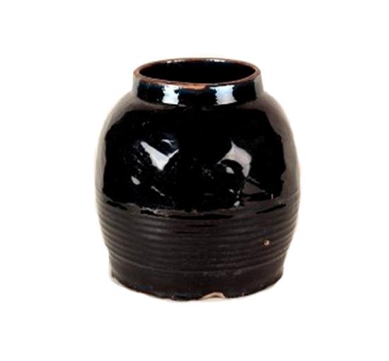 Listbild-svart urna
