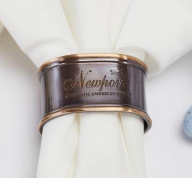 Newport servettring brons 6