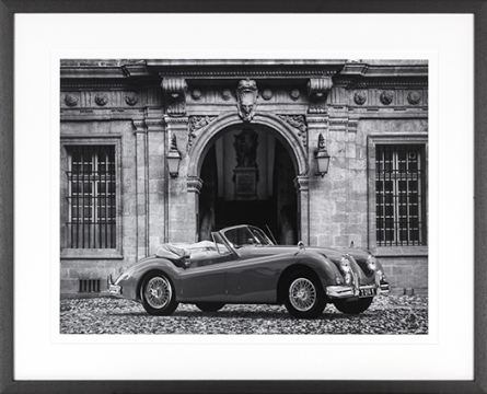 Luxury Car in front of Classic Palace 1