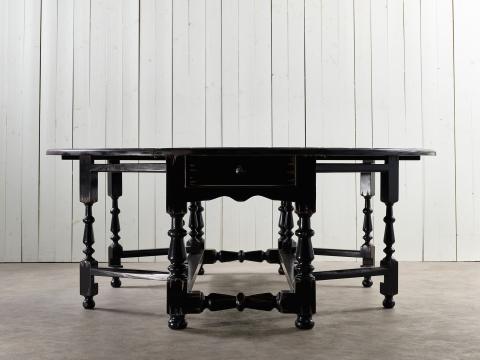 Balmoral matbord svart 200cm 4